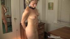 Mamica de 45 de ani se joaca cu pizda ei flocoasa