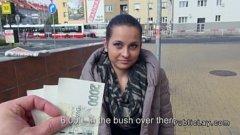 Romanca tiganca se fute in anglia pe bani marunti