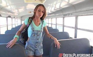 Eleva face sex cu soferul de autobuz