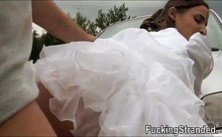 Mireasa isi inseala sotul inca din prima zi de nunta