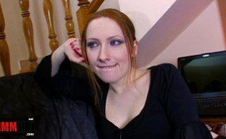 Rusoaica este foarte fericita ca face parte la orgie