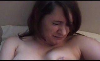 Femeie matura cu frica de pula se fute tremurand