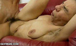 Cel mai scarbos film porno cu femei urate