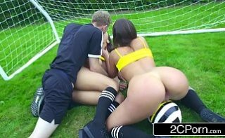 Cele mai porno fotbaliste de pe teren