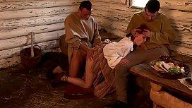 Doi pastori din evul mediu fut brutal o taranca sexy